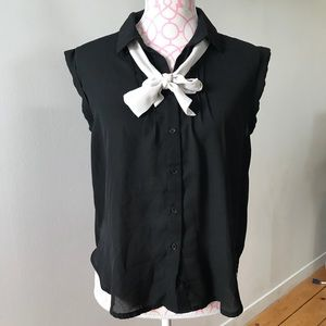 Tops - Cap Sleeve Pussybow Button Up